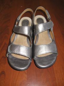 sandals 012